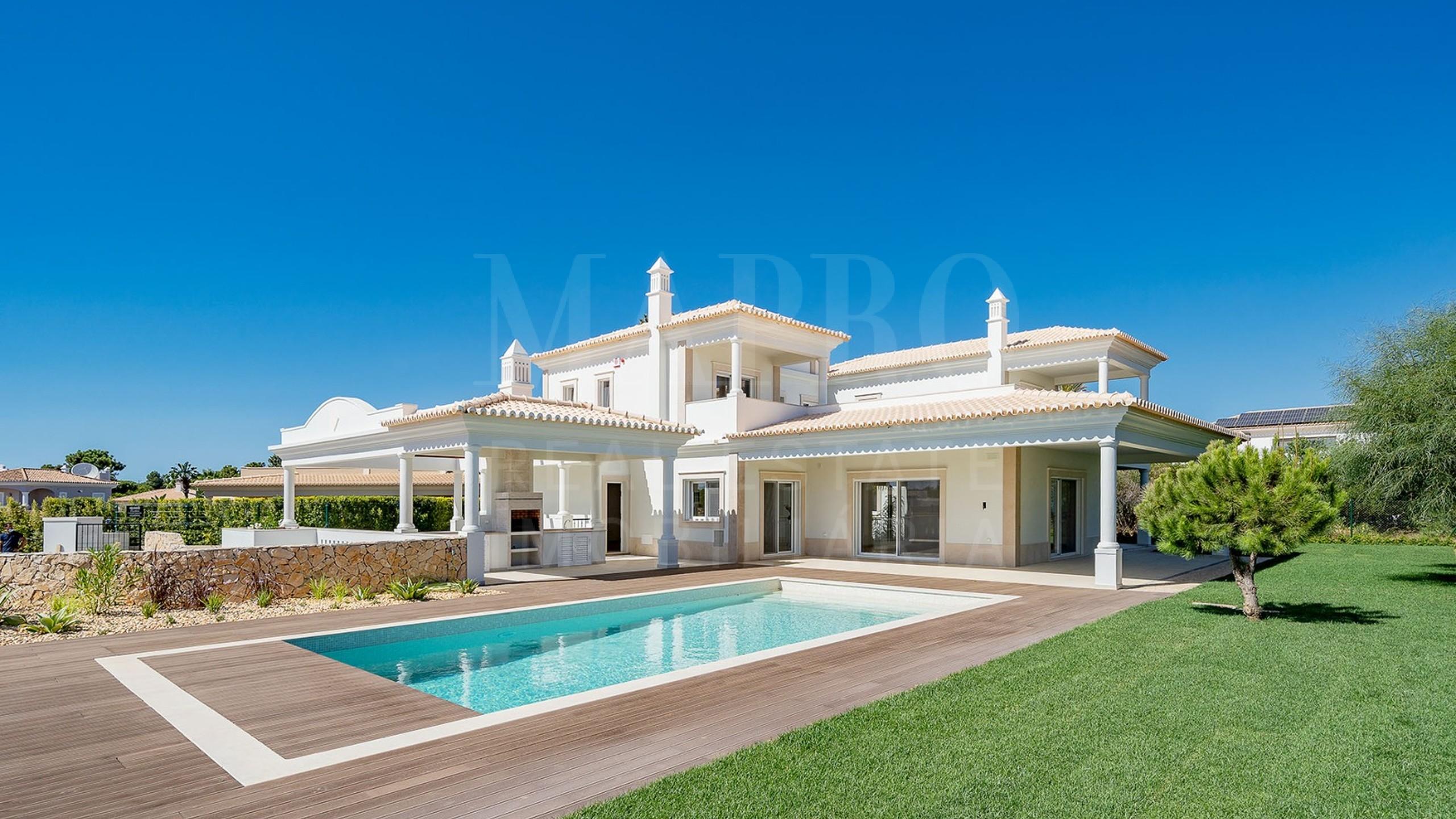 Villa moderne à Vila Sol Golf Resort