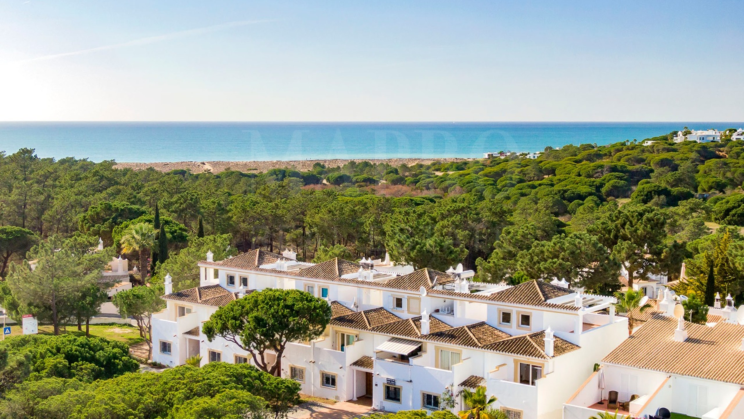 2 bedroom townhouse for sale in Vale do Garrão, Algarve
