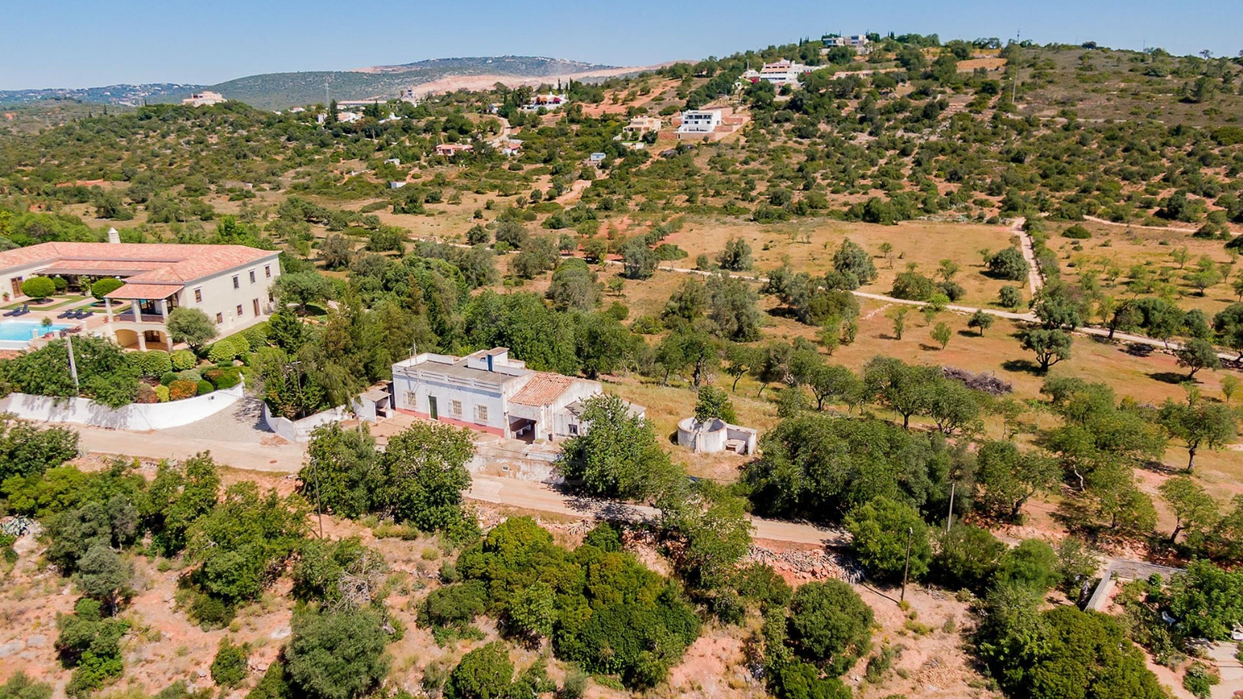 Plot near Faro for sale
