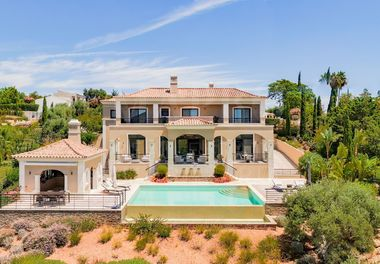 Villa Magnifiquement Entretenue