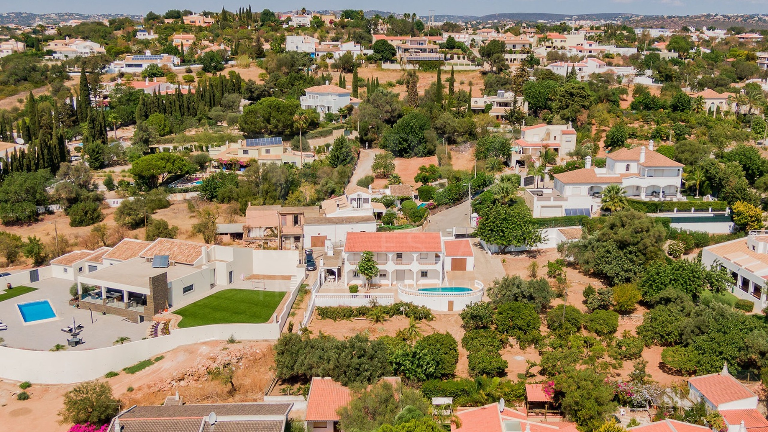 Villa for sale near Almancil, Algarve