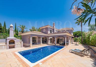 Well Presented Villa