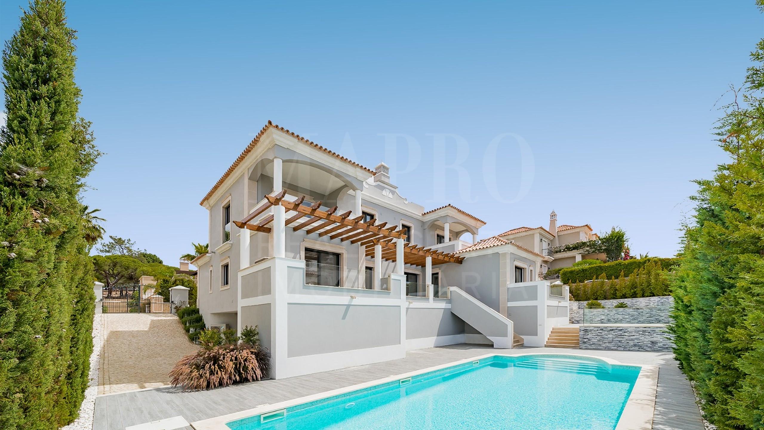 Villa estilo clássico 4 quartos - Quinta do Mar