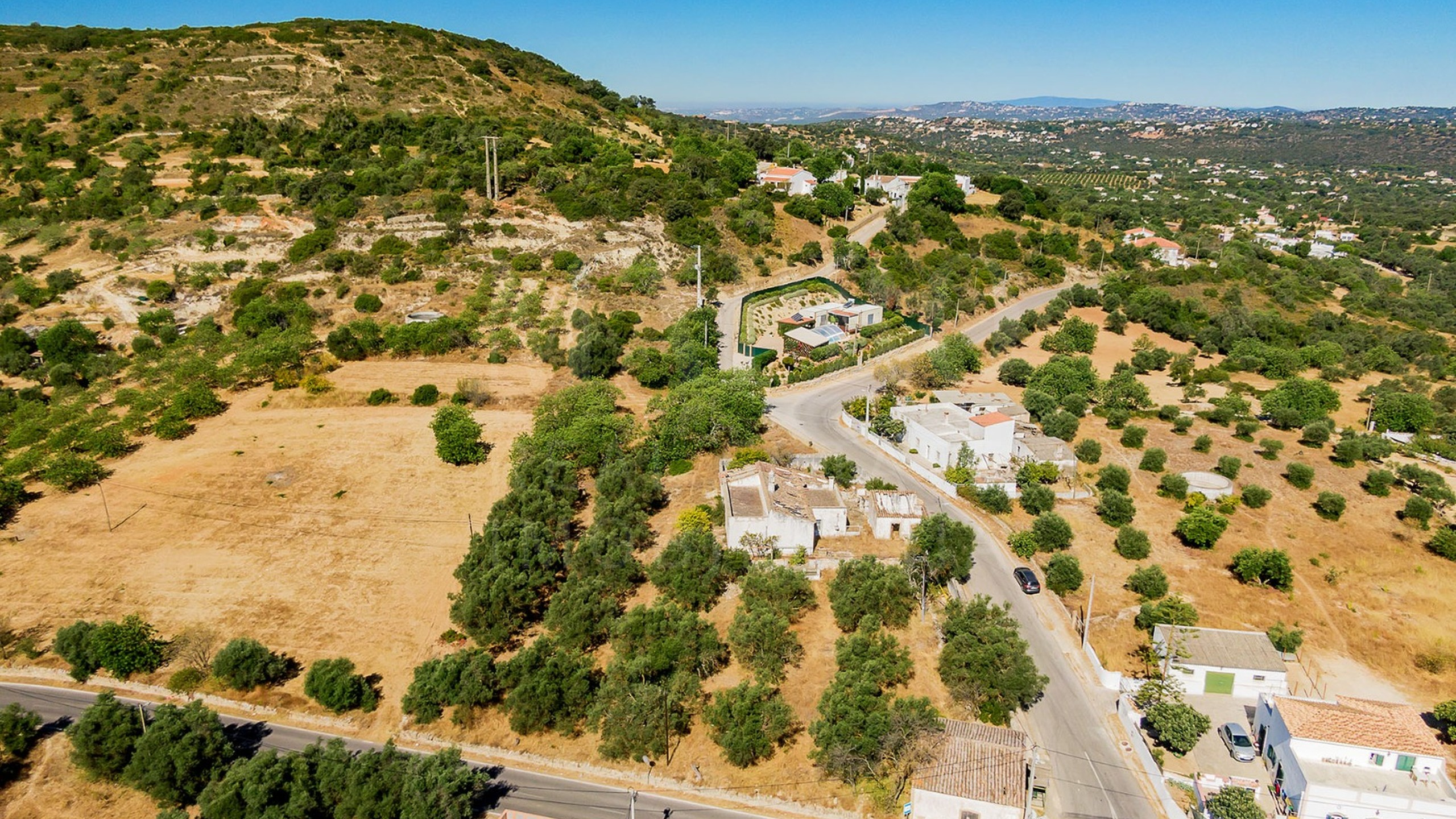 Plot for sale in Santa Bárbara de Nexe, Faro