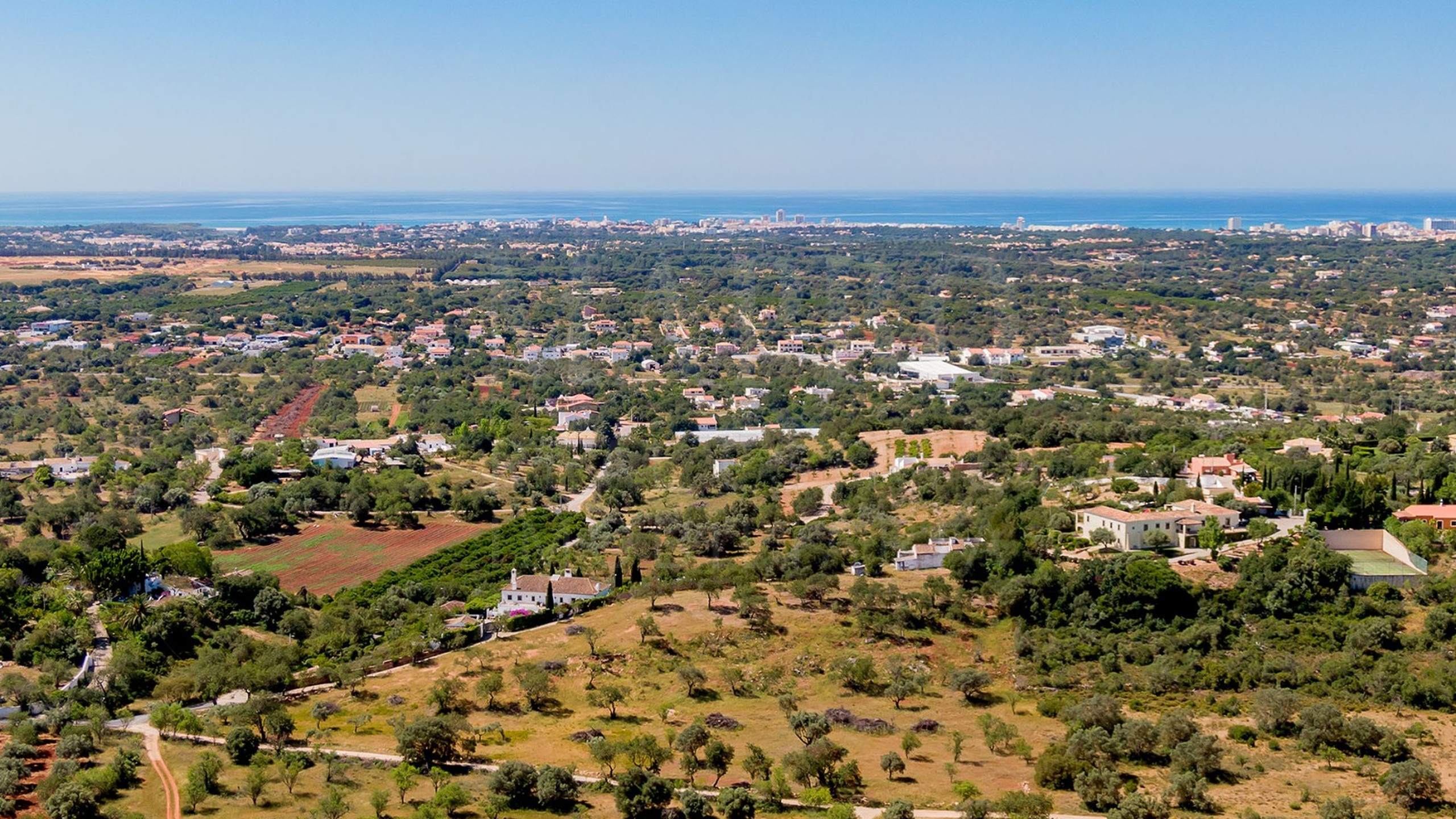 Plot in Vale Judeu for sale