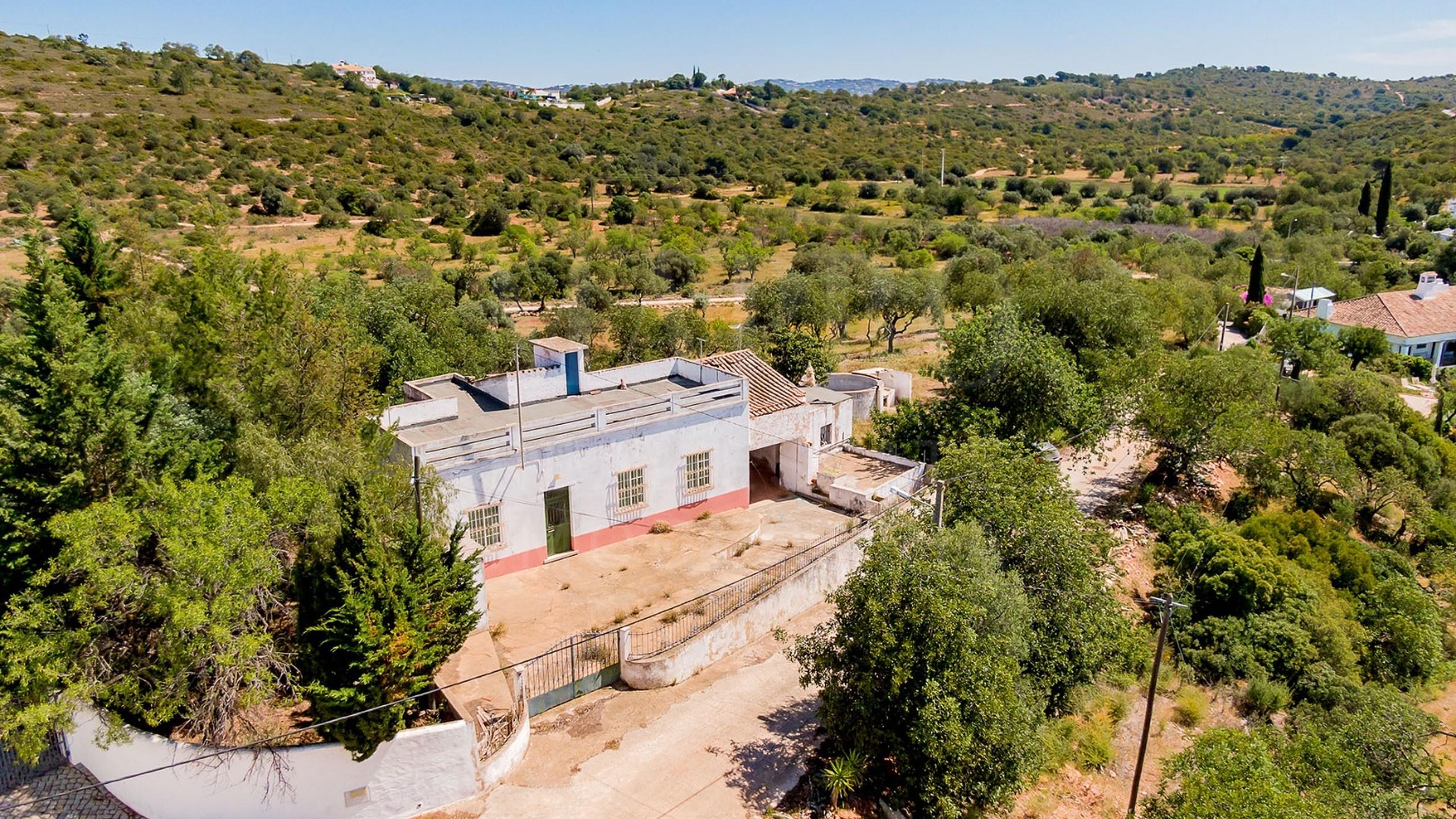 Plot near Vilamoura for sale