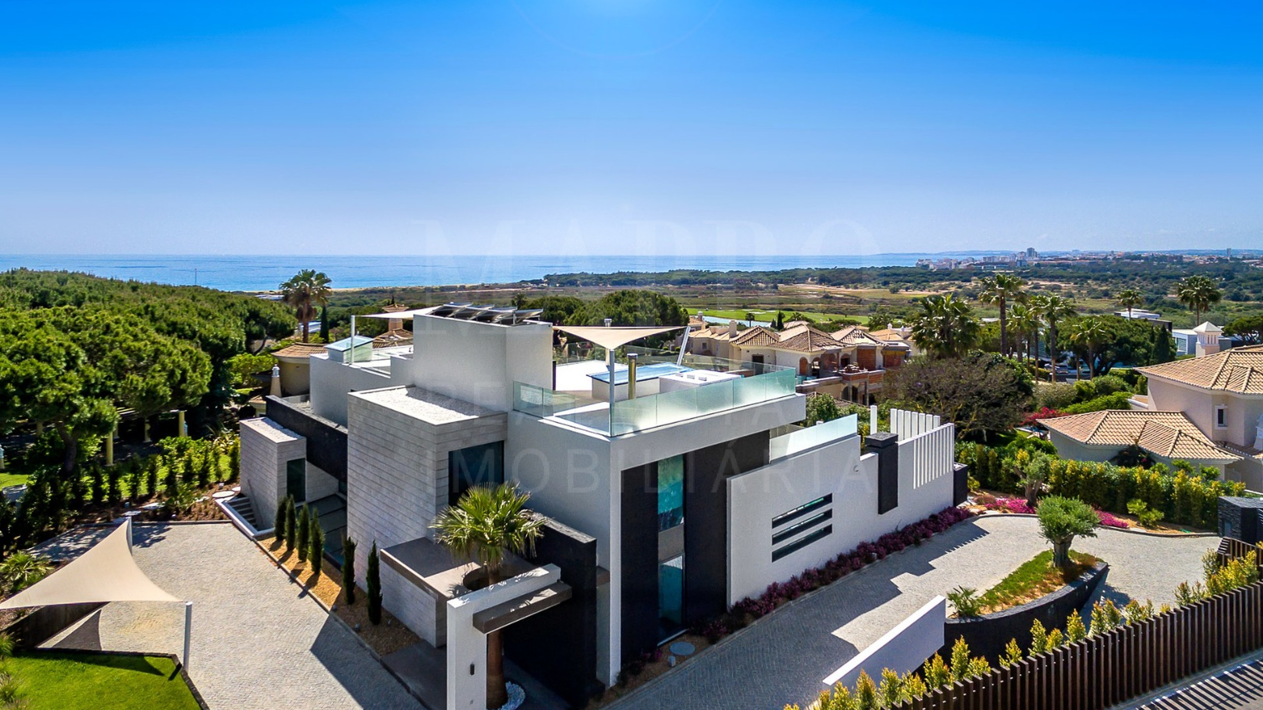 Villa de 4 chambres à vendre à Vale do Lobo