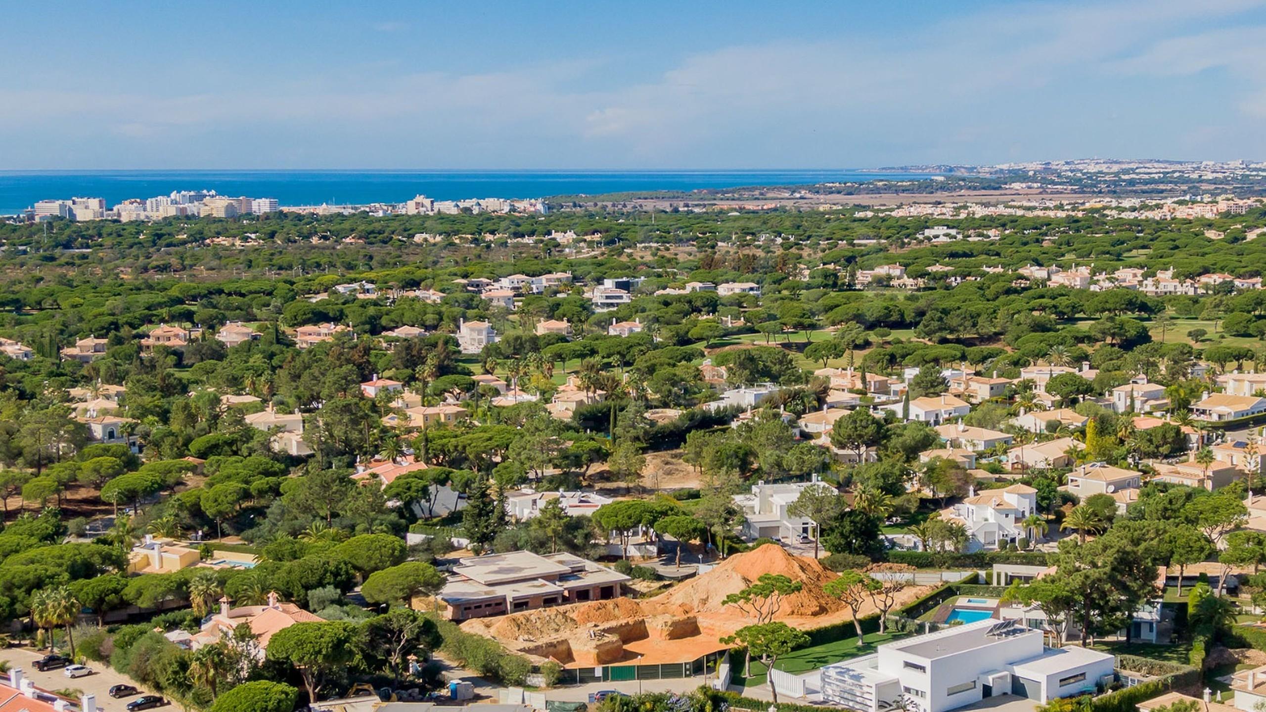 Moradia ensolarada para venda no Algarve