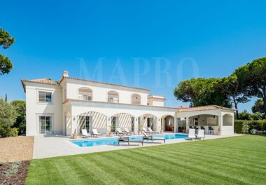 A Magnificent Refurbished Villa