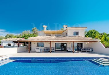 Villa with Panoramic Views
