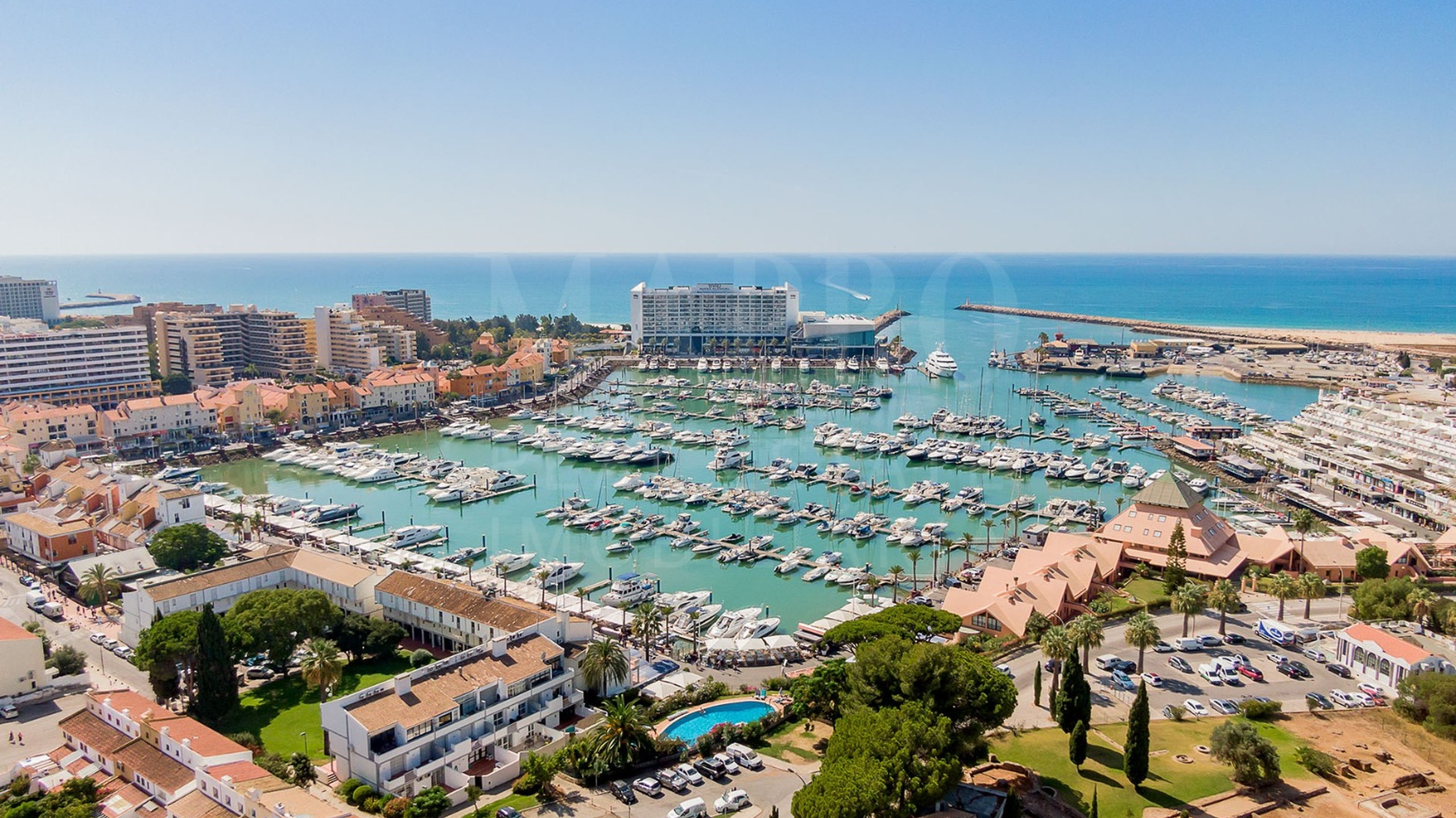 2 bedroom waterfront apartment for sale in Vilamoura