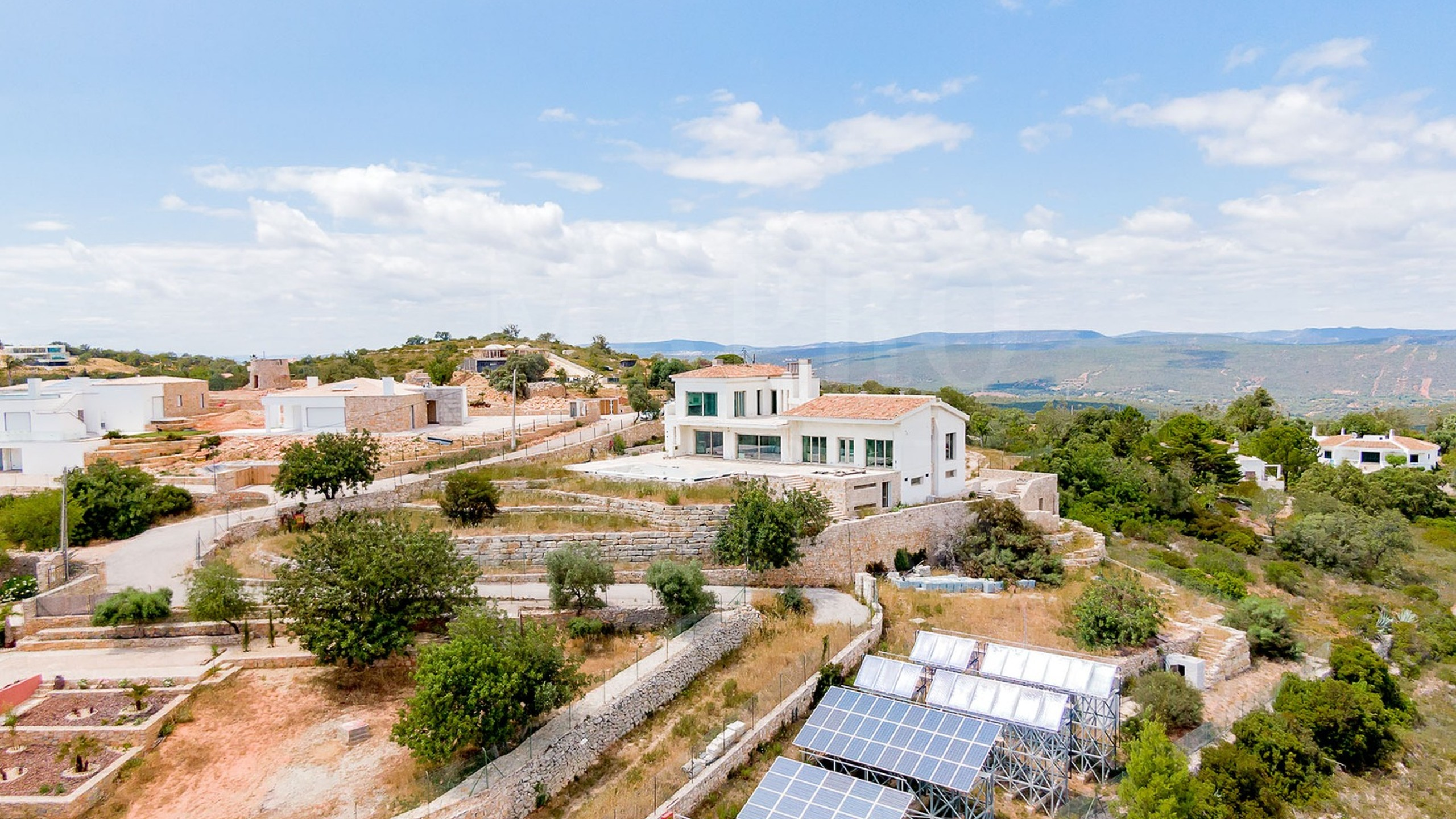 Brand new villa for sale in Loulé