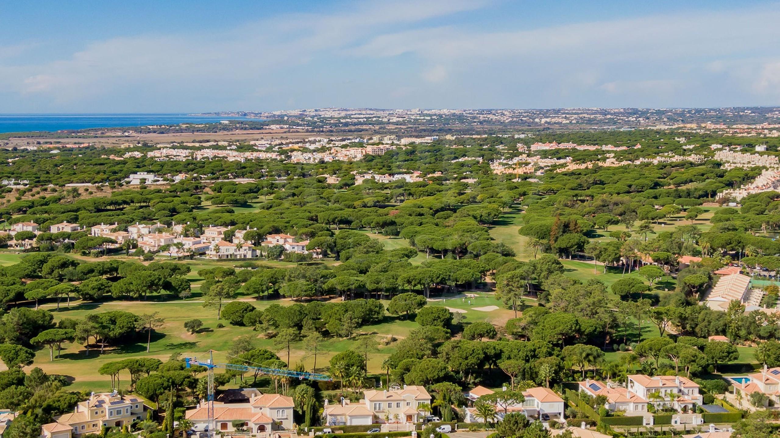 Modern Villa Under Construction in Algarve