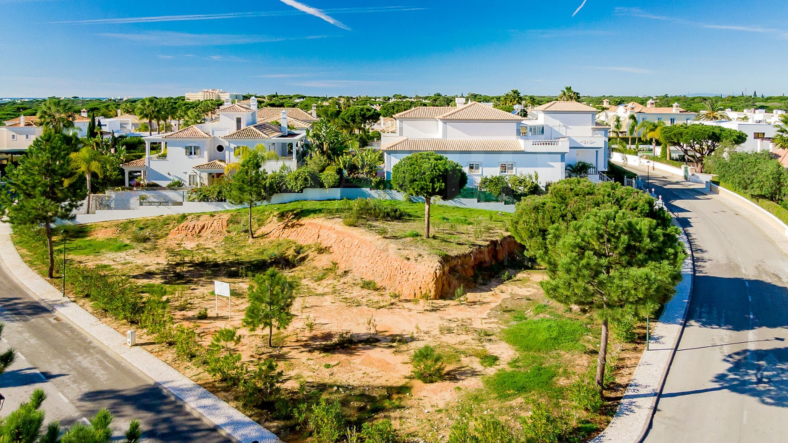 Terrain constructible à vendre au Portugal