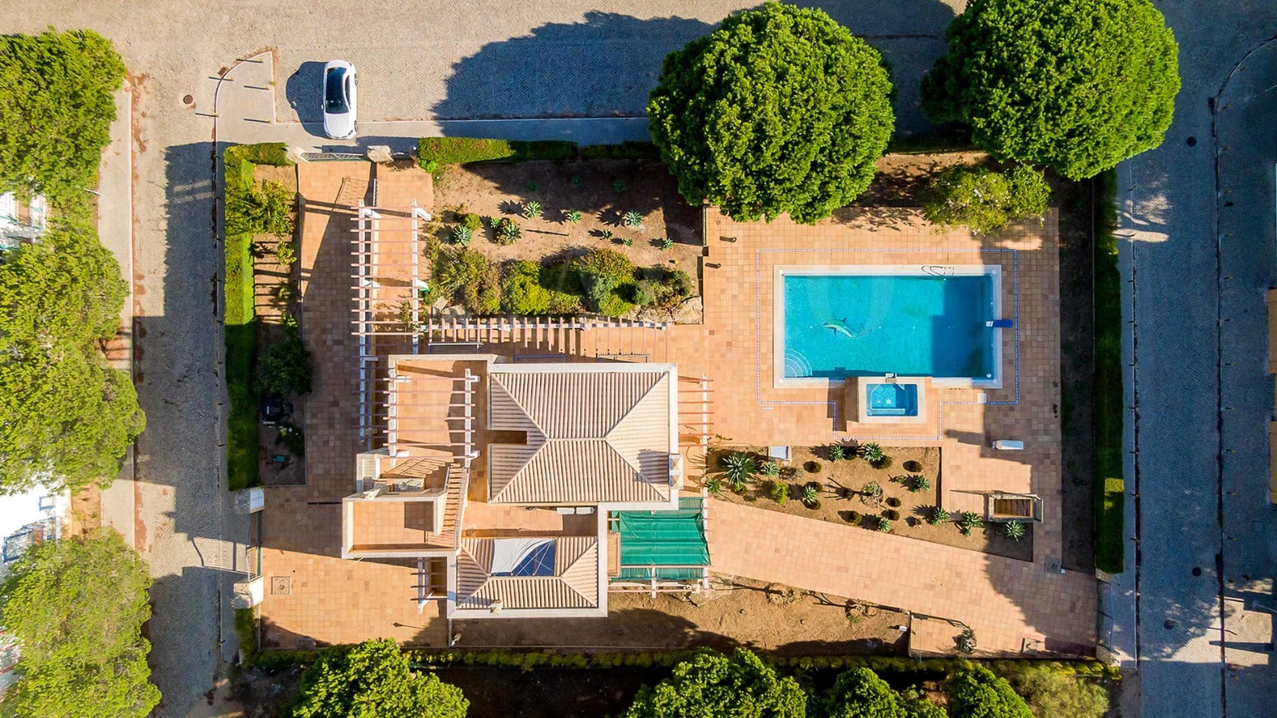 Classic Villa by the Praia Verde Beach - aerial view