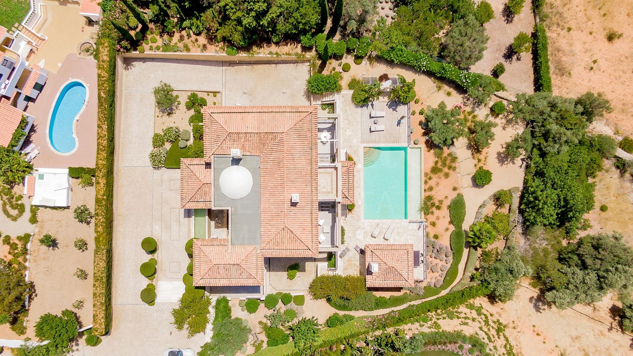 5 bedroom villa for sale in Algarve