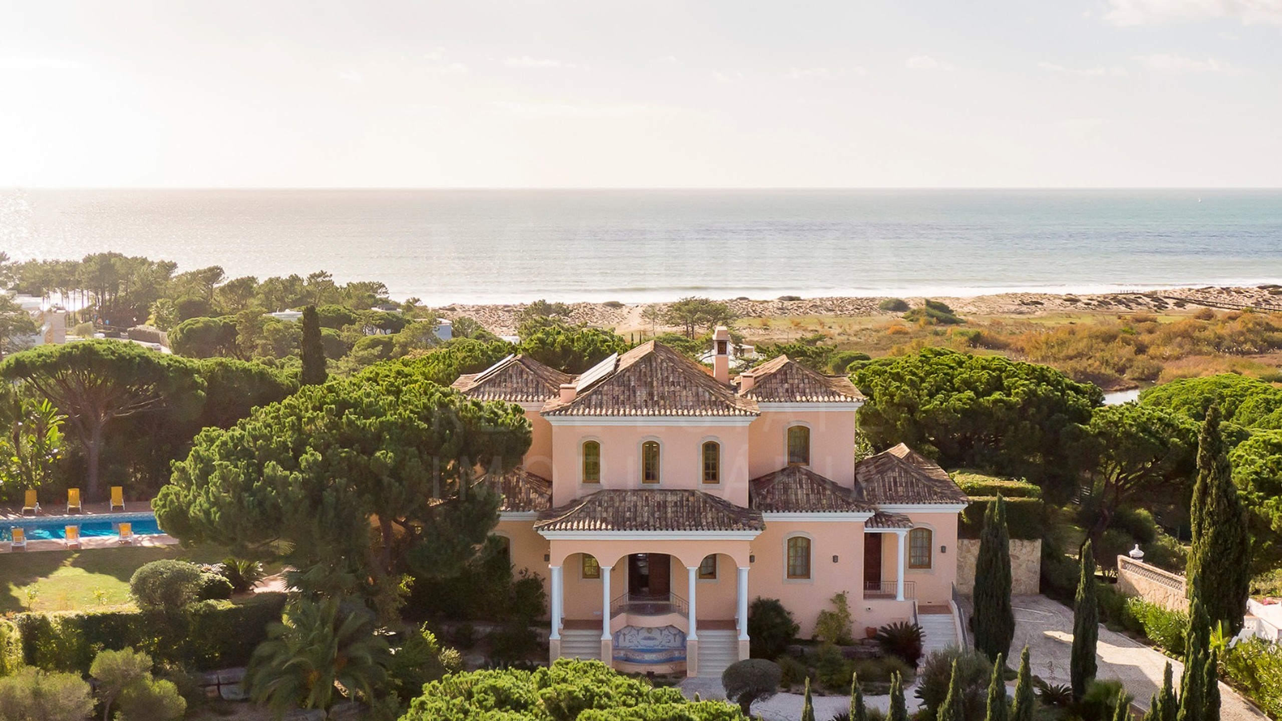Villa in Vale do Lobo for sale