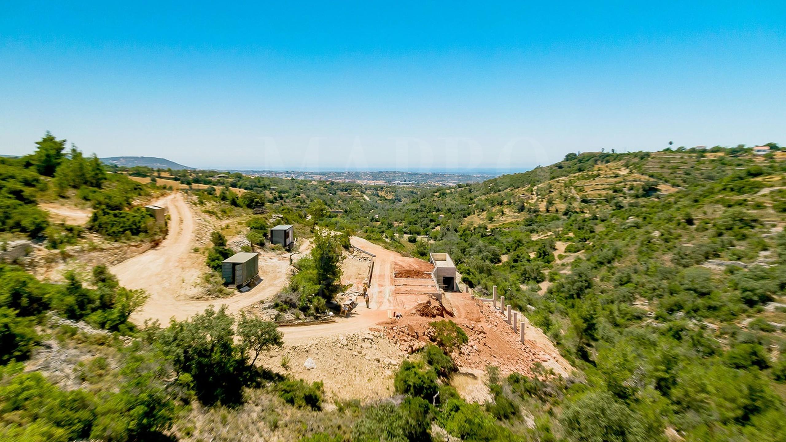 Moradia moderna para venda no Vale Telheiro, Loulé