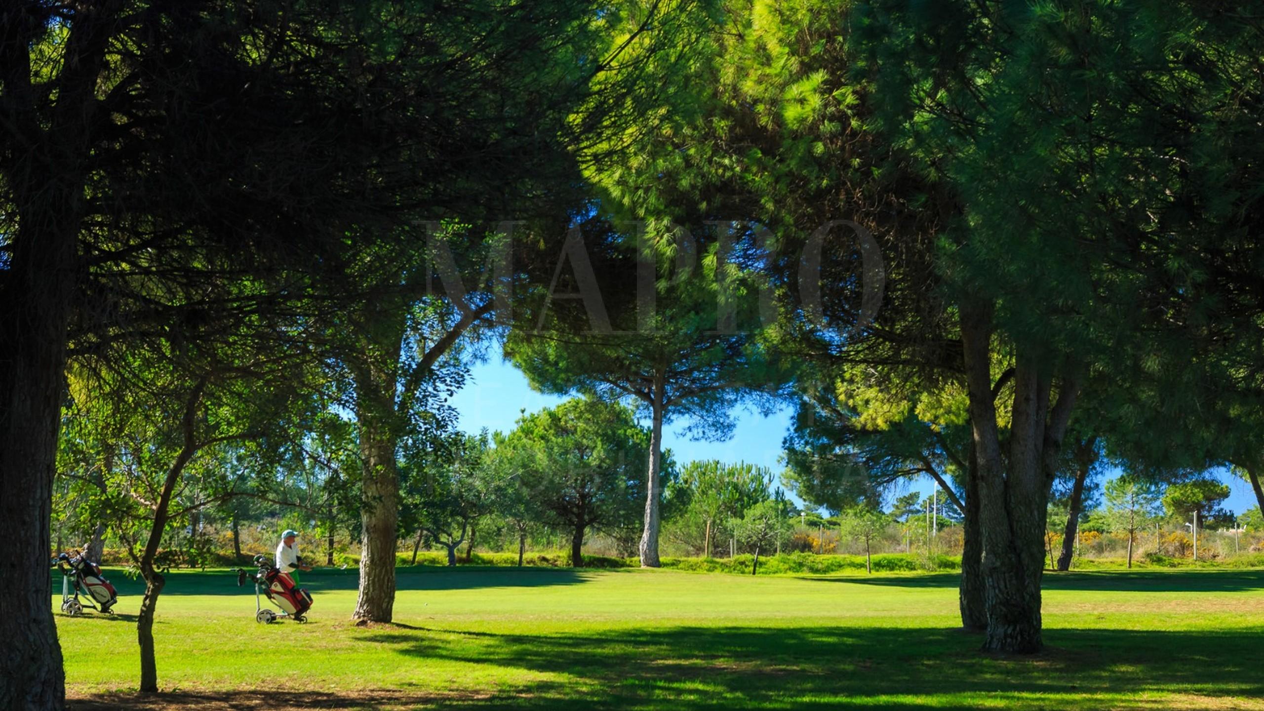 House near Golf Course for sale