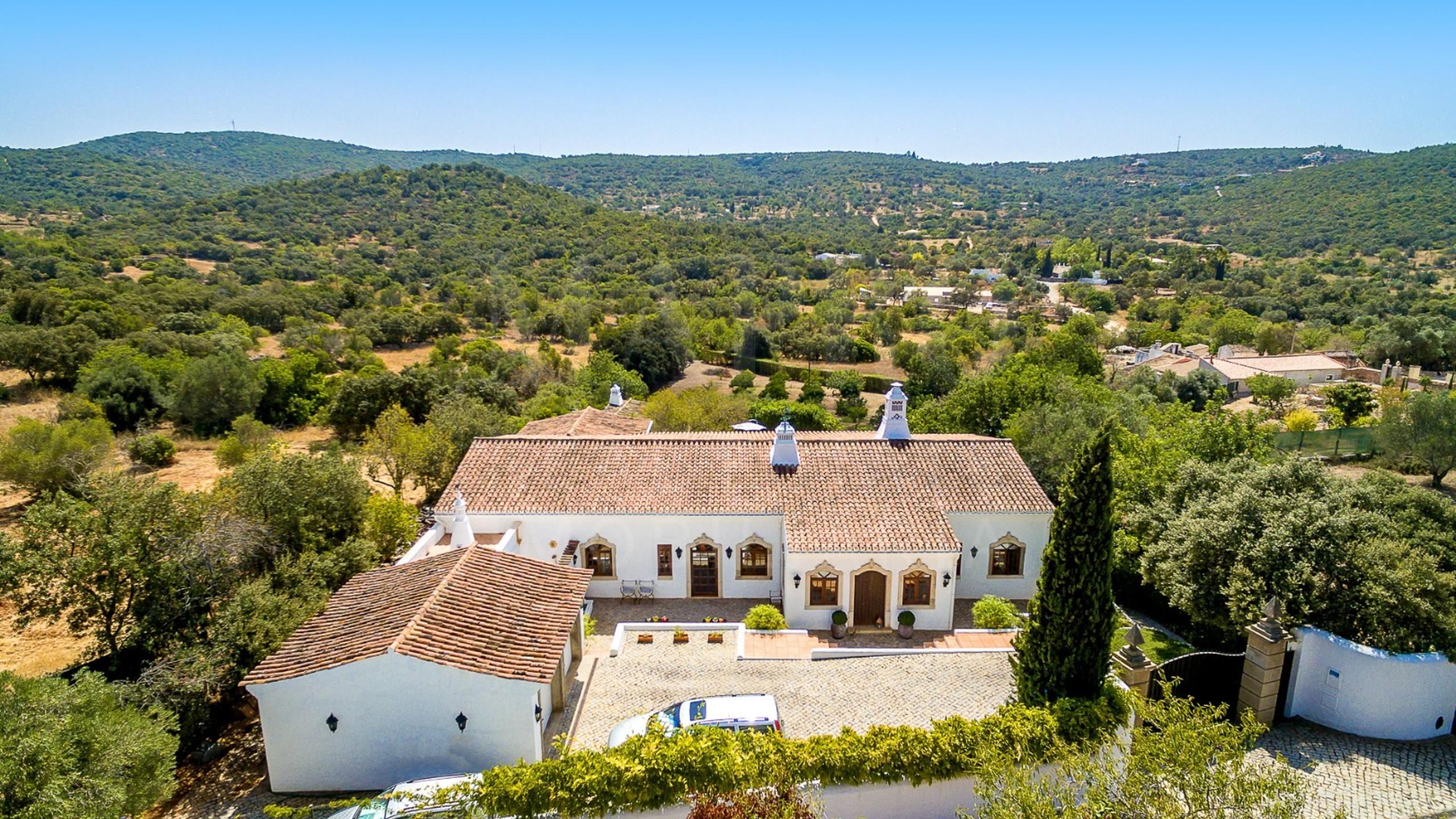 Casa à venda em Goldra, Algarve