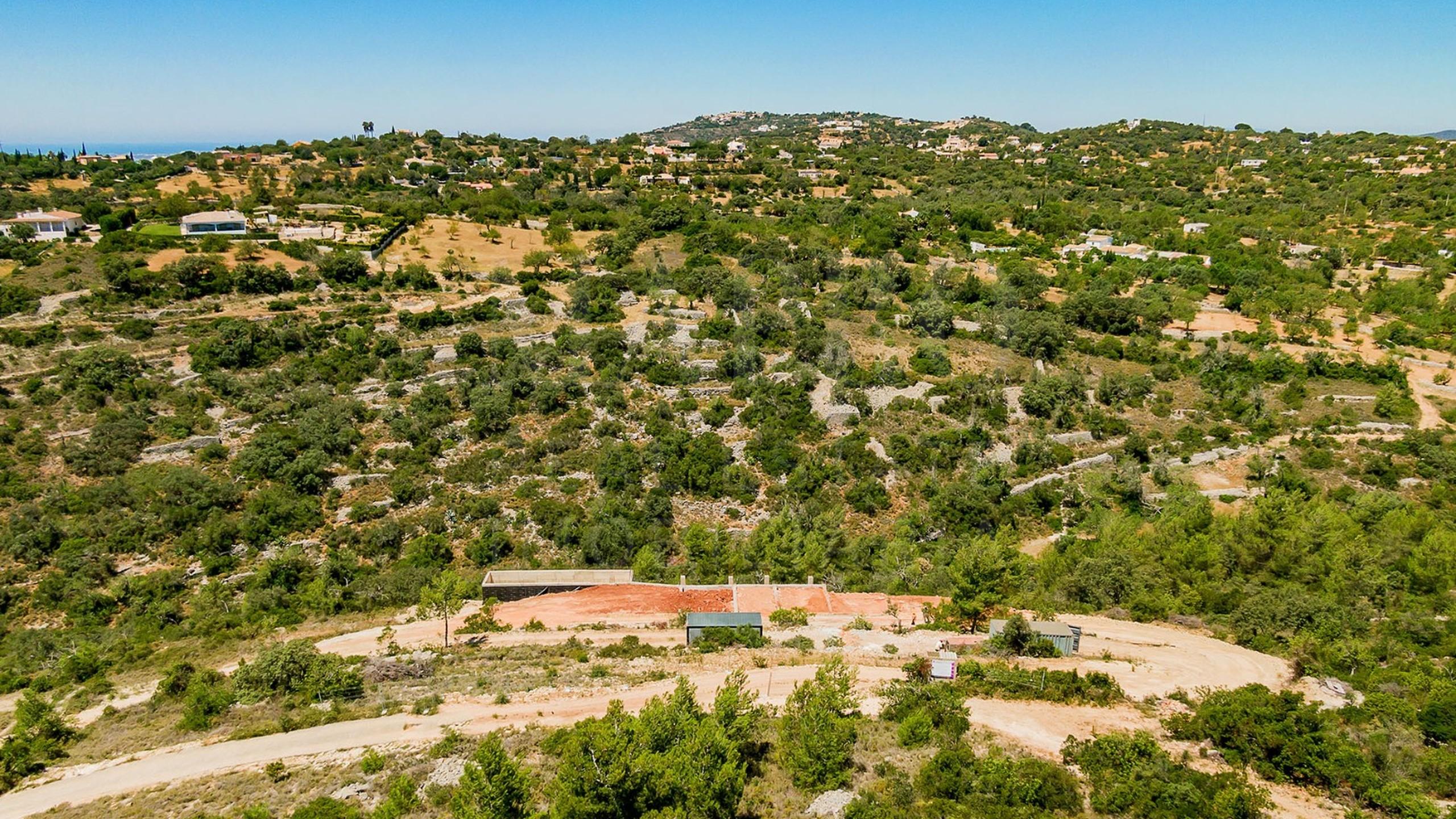 Moradia para venda no campo no Algarve, Portugal